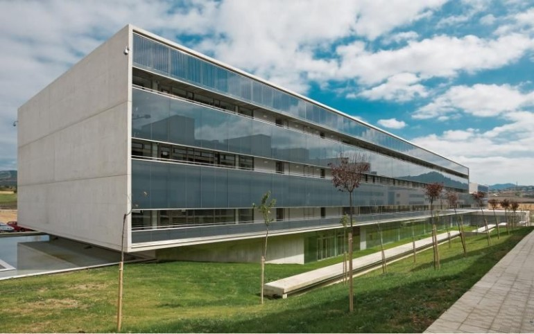 Novedosa forma de probar la estanqueidad de los edificios for Edificios oficinas madrid